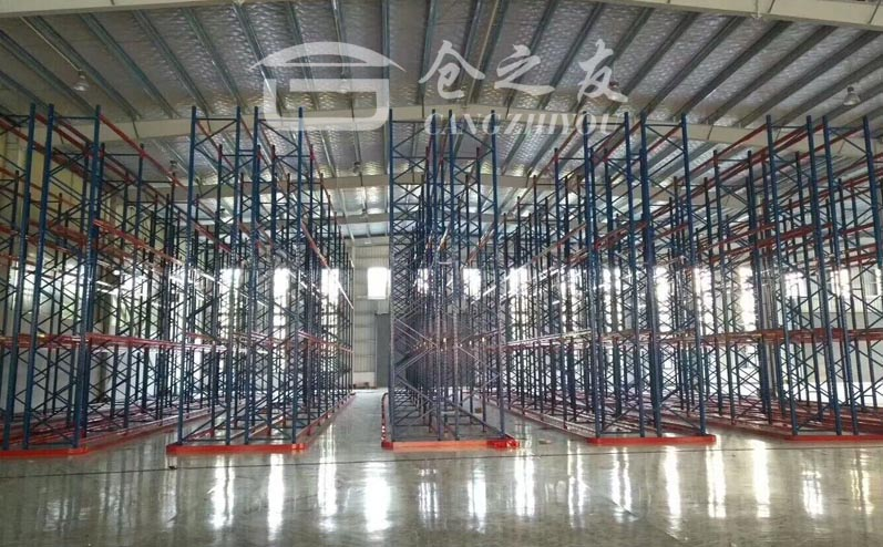 模具注塑行业-窄通道货架