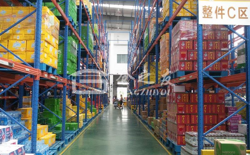零售便利店行业-仓储式货架